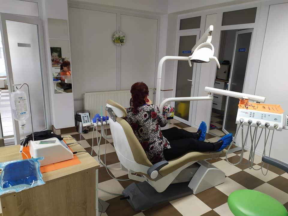 Implant dentar fara durere alba iulia